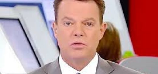 Shepard Smith defends CNN and Jim Acosta After Trump Attack